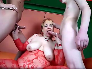 2 young boys fucking mature coochie toughly