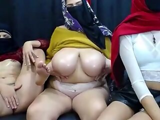 Muslim with small pussy and bbw muslim with Big boobs