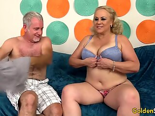 Cock Crazed Granny Engulfs a Prick with Her Muff