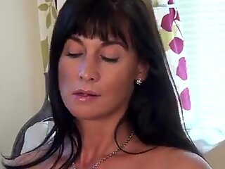 First time porn mom fucks her juicy twat