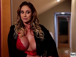 MILF Eva Notty licks Stepdaughter Lilly Fords wet pussy