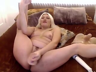 Dirty talking Kamilia with tight pussy and fat ass