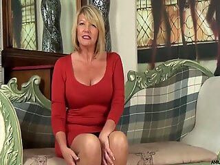 Uk nanny Amy Goodhead s very first time