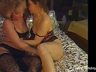Sexy older lesbians get down and dirty amateur style