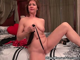 dark-hued pantyhose will send mommy over the edge