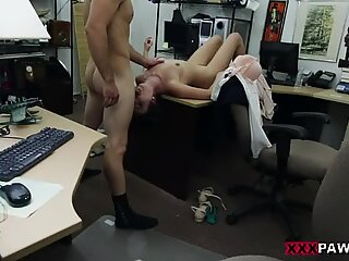 Customers wife banged by horny pawn dude